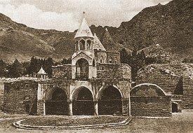 Monastery of Varagavank at Van (Vaspurakan), as it appeared before 1915. Click for more. (VirtualANI)