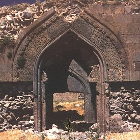 Entrance portal to caravanserai of Zor.  Click for more.  (VirtualANI)